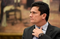 Bolsonaro vai oferecer superministério a Moro