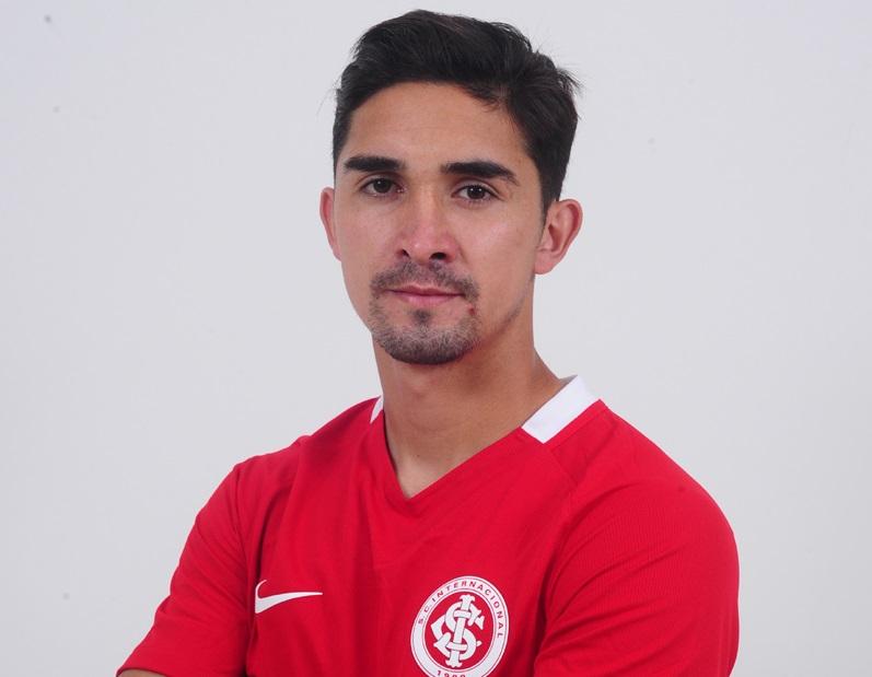 Jogador Felipe Gutiérrez, volante chileno contratado pelo Internacional