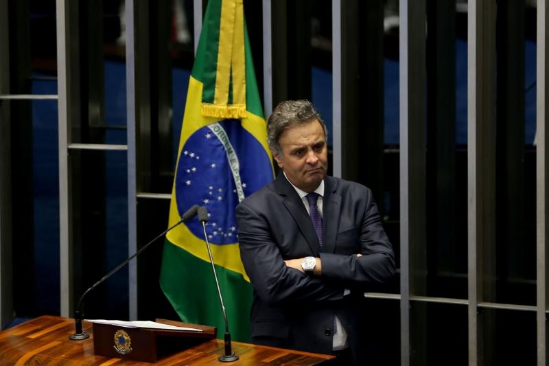 Brasília - Aécio Neves se defende das acusações de ter recebido propina da Odebretch em uma conta bancária em Nova Iorque (Wilson Dias/Agência Brasil)