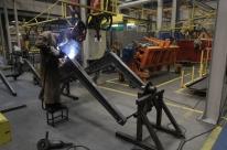 Intenção de investimentos da indústria cai 2,8 pontos no 3º trimestre, revela FGV