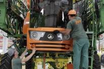 Confiança da indústria cai 1,7 ponto em julho ante junho, diz prévia da FGV