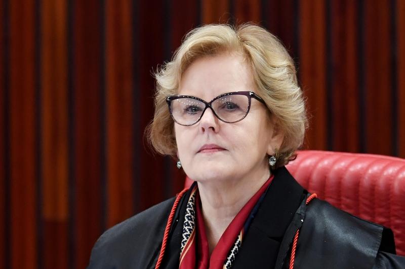 'Ao restringir conceitos, a portaria vulnera princípios basilares da Constituição', afirma Rosa Weber
