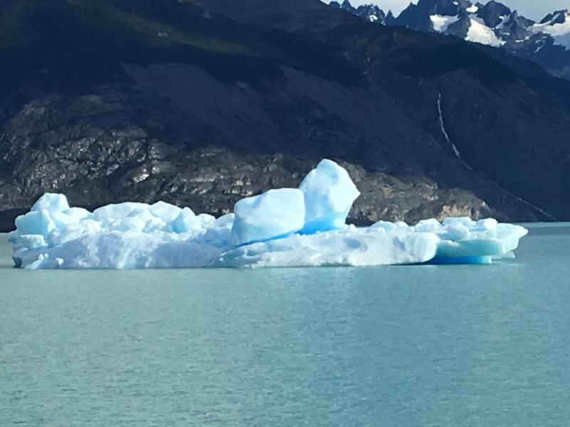 Beto Conte registrou belezas naturais como o iceberg do Glacial Uppsala no Lago argentino