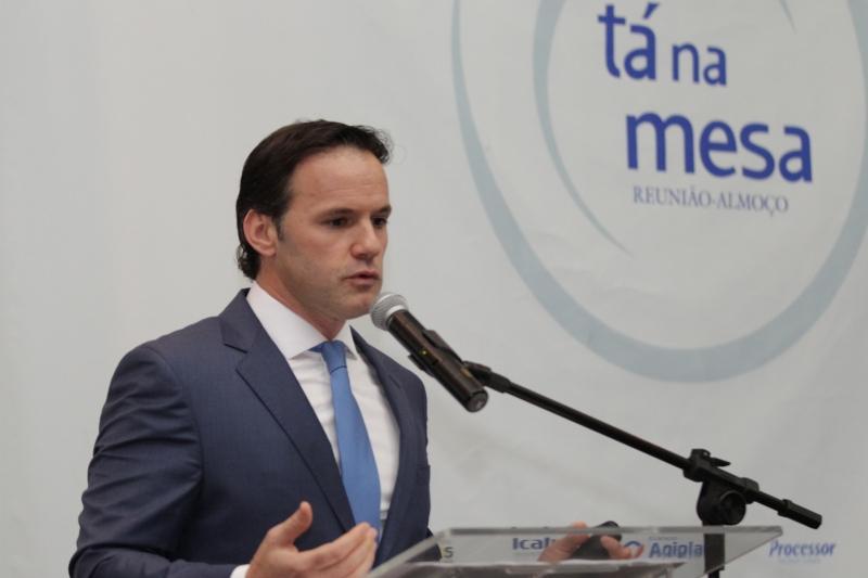 pg3 Marciano Testa, presidente do Banco Agiplan - foto Itamar Aguiar