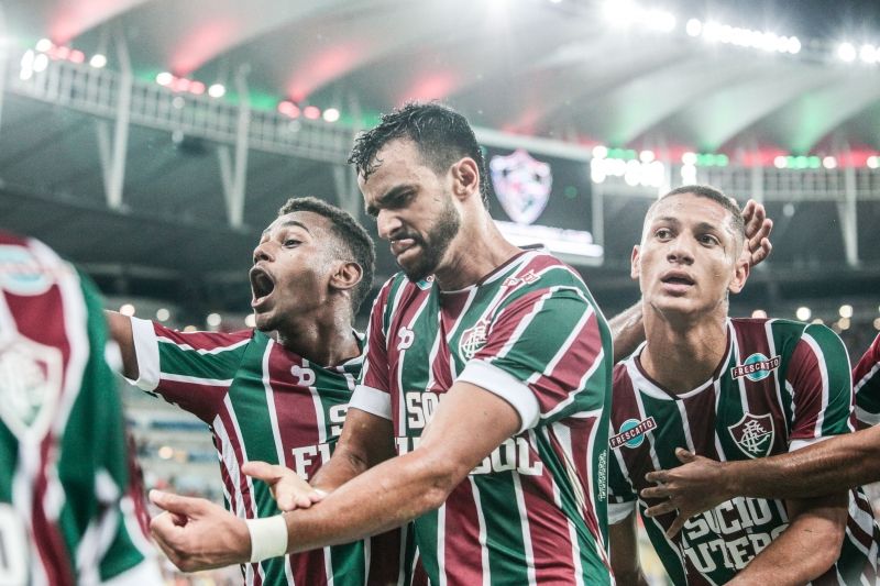 Fluminense's Henrique Dourado (C) celebrates after scoring against Liverpool during their Copa Sudamericana football match in Rio de Janeiro, Brazil, on April 5, 2017.