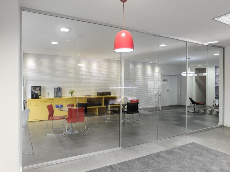 Em cinco anos, divisórias piso-teto responderão por até 15% do faturamento da empresa