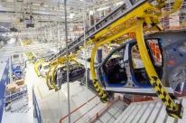 Ociosidade da indústria cai para 28,2% em janeiro
