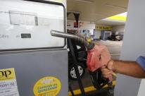 Petrobras reduz preço da gasolina nas refinarias em 1,2%, mas sobe diesel em 1,7%