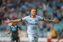 Luan fica perto do Spartak após presidente do Grêmio admitir negócio encaminhado