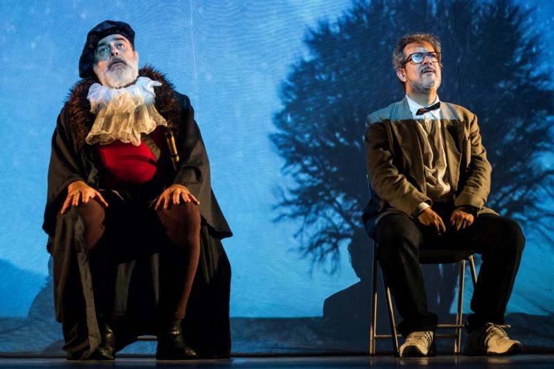 Peça A partícula de Deus cumpre nova temporada no Teatro Renascença
