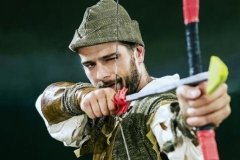 Cia Teatro Novo apresenta  Robin Hood