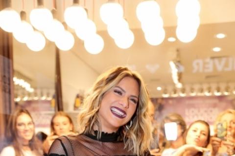 Fotolegenda Giovanna Ewbank participou do lançamento da coleção Just Be, da Loucos & Santos, no Iguatemi