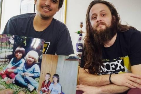 Quem tem aquele primo-irmão que cresce junto e passa a vida grudado? O Felipe e o Jaydson são assim, e isso os levou a empreender juntos em muitos projetos. Leia aqui: http://bit.ly/2p1T4XA