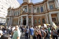 Prefeitura de Porto Alegre paga parcela R$ 1.650,00 a servidores nesta sexta