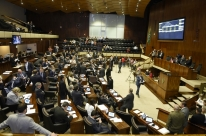 PL sobre plebiscito tranca pauta do Parlamento