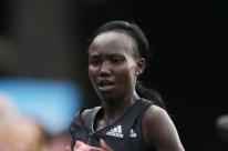 Queniana quebra recorde mundial em Londres