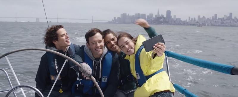 Sobre viagens e amores mostra descobertas das férias de verão do quarteto