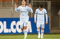 Após deixar o Grêmio, Lucas Barrios deve acertar com o Colo Colo