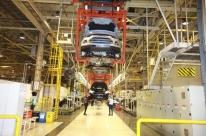 Produção industrial cai em 12 setores em junho