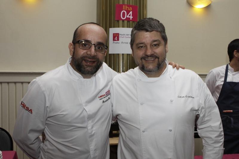 Noite beneficente foto 3 - opção 2 Alexandre Sharin e Carlos Kristensen participaram do Encontro de Chefs de Cozinha do RS