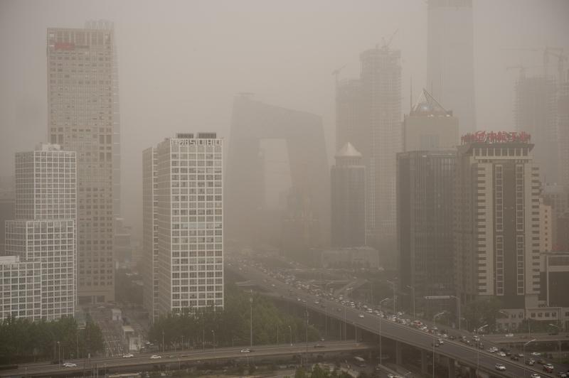 Autoridades de Pequim emitiram um alerta azul por conta da tempestade de areia