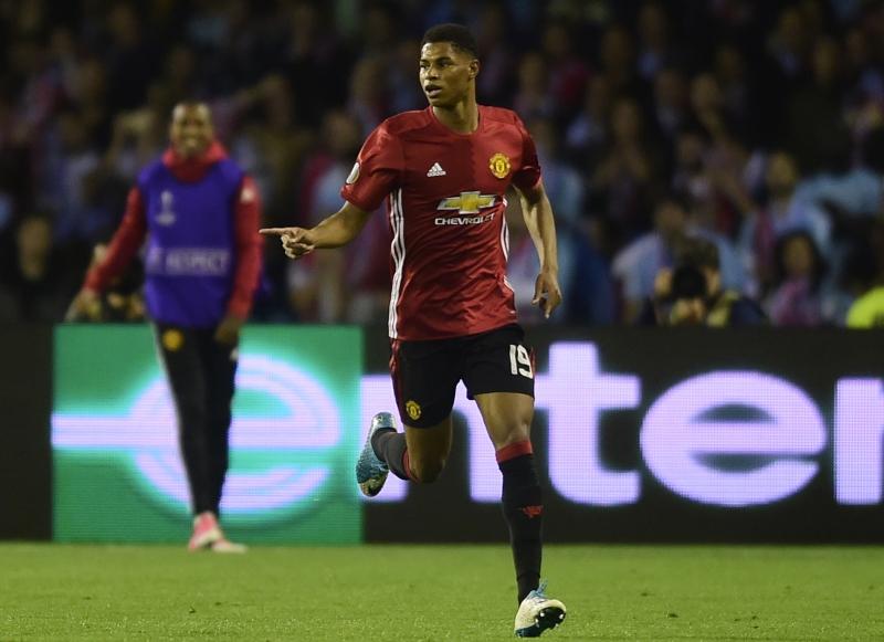 Marcus Rashford comemora o tento do United contra os espanhóis