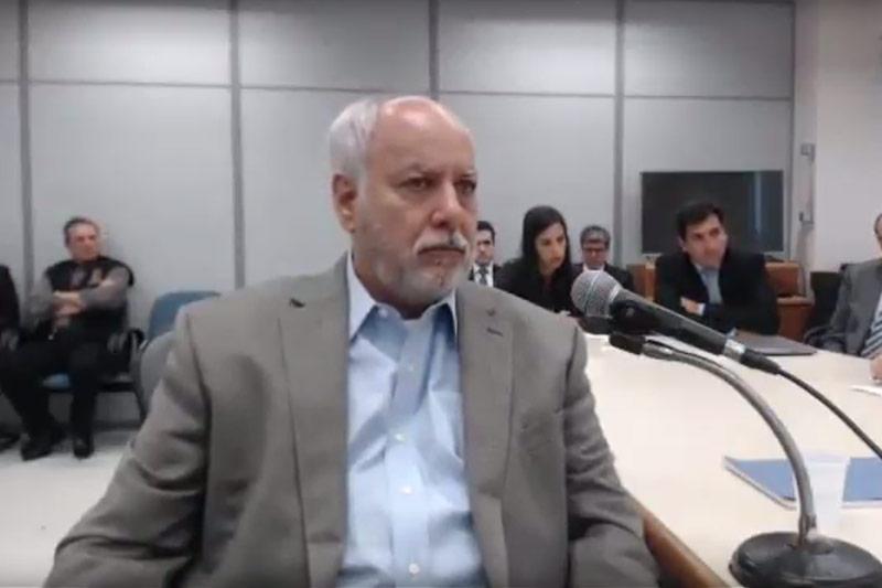 Ex-diretor de Serviços da Petrobras Renato Duque implicou o ex-presidente Lula em sua delação