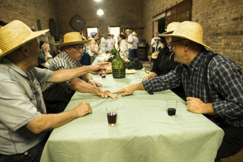 Descontração marca a programação de dezenas de eventos do Dia do Vinho, que terá atividades em 54 vinícolas