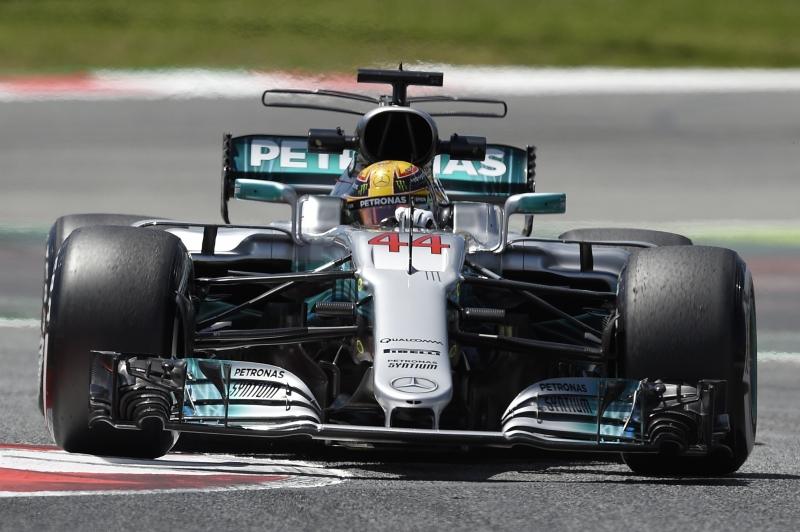Dura batalha no GP de Espanha consagrou Hamilton em Barcelona