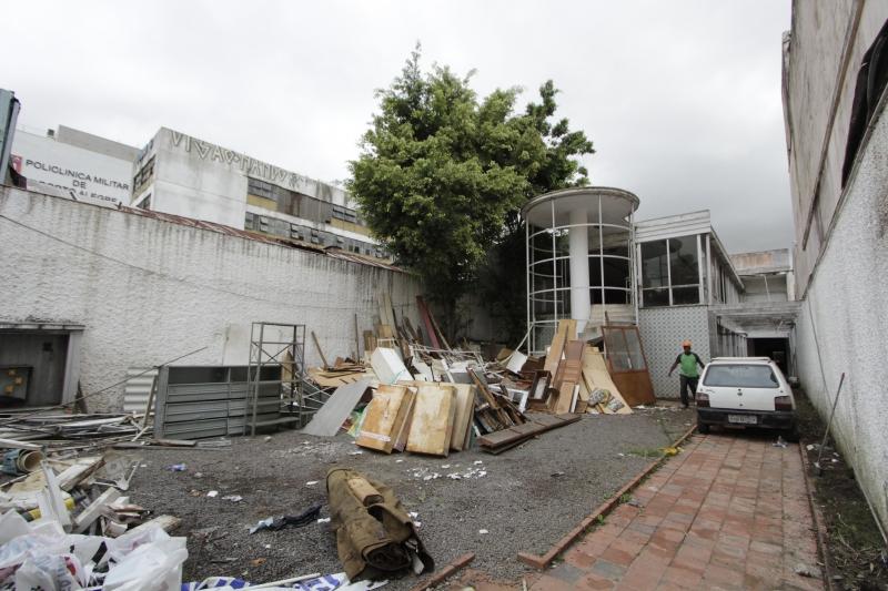 PG3 Fotos da demolição da Casa de Portugal