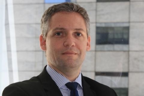 Hencsey defende que é preciso conhecer o fornecedor para evitar riscos
