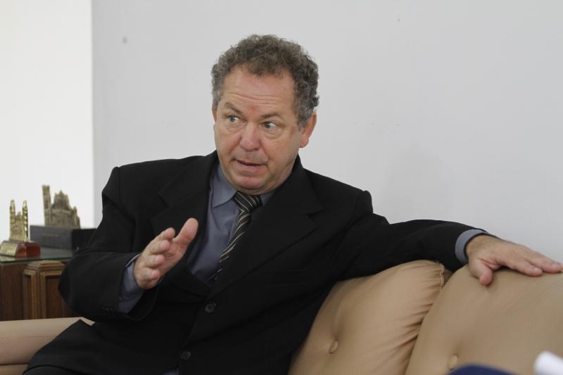 Buffon diz que CEEd quer promover debate com a sociedade gaúcha
