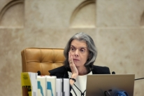 Ministra Cármen Lúcia suspende parcialmente indulto de Temer