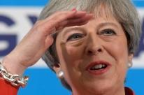 Theresa May diz que bola de negociações do Brexit está com a UE