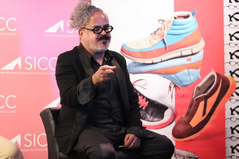 Fraga assina nova coleção de sapatos da gaúcha Kildare, lançada na abertura do Sicc