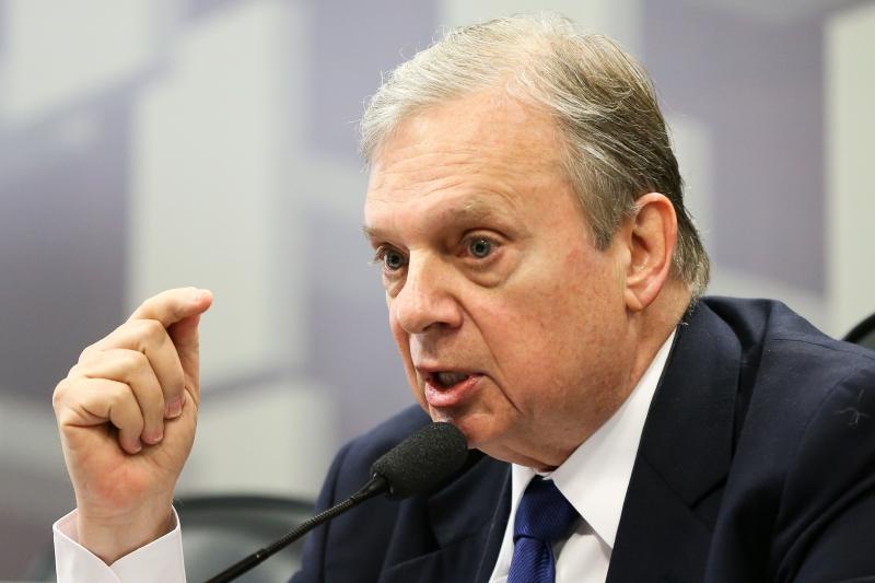 Tasso Jereissati (foto) vai disputar a vaga com o governador de Goiás, Marconi Perillo