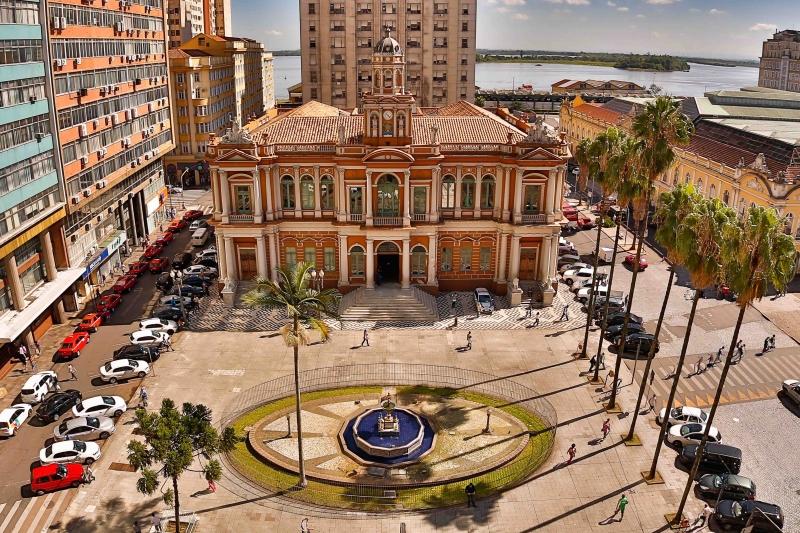 Prefeitura de Porto Alegre utilizou recursos do IPTU antecipado para pagar maior parte dos salários