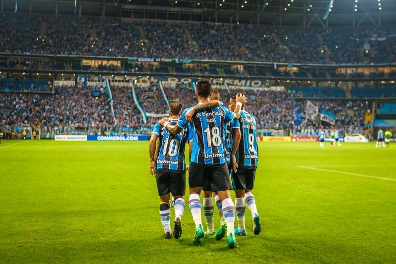 Gata comemora com Barrios, Luan e Pedro Rocha, autores dos gols