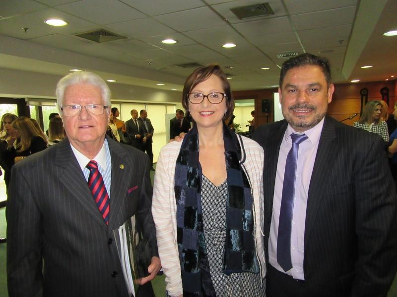Edison Pontes Magalhães e Liliane da Silva Pastoriz com Marcelo Lemos Dornelles, procurador-geral de Justiça