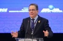 Brasil precisa superar 'incompetência' para reformas, diz presidente do BNDES