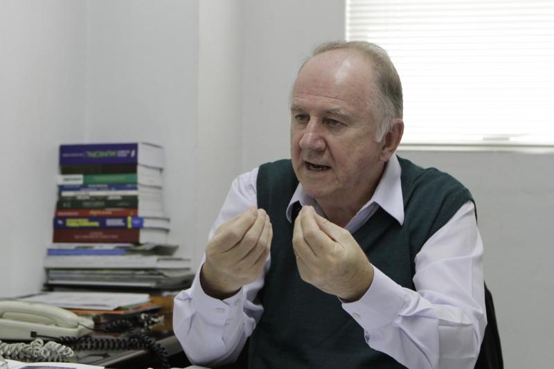 Ziulkoski afirma que mesmo com corte de despesas, prefeitos enfrentam dificuldades