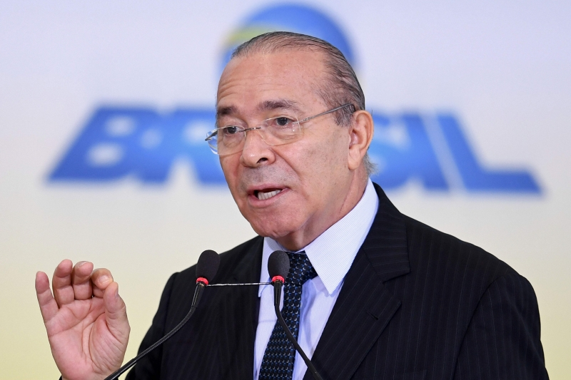 Brazilian Chief of Staff Eliseu Padilha delivers a speech during the launching of the 2017/2020 Family Farming Harvest Plan, at the Planalto Palace in Brasilia, on May 31, 2017. Brazil's Supreme Court on Tuesday ordered President Michel Temer to be questioned in writing, the latest development in an explosive corruption scandal that has him fighting for his political life. The embattled leader will have 24 hours to respond to questions from the federal police in a case involving Brazil's largest meat company JBS, a court statement said.  / AFP PHOTO / EVARISTO SA       Caption