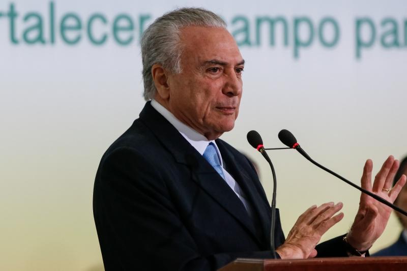 Brasília - Presidente Michel Temer no lançamento do Plano Safra da Agricultura Familiar para o período entre 2017 e 2020 e assinatura do decreto que trata da reforma agrária e da política fundiária e de agricultura familiar (Marcos Corrêa/PR)