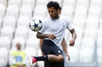 Daniel Alves diz que PSG não pode relaxar contra o Real e cobra empenho por vaga