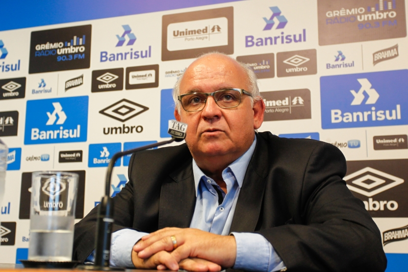 Presidente do Grêmio voltou a negar a possibilidade de ser candidato
