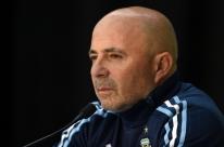 Com oito jogadores de 2014 e um novato, Sampaoli convoca os 23 da Argentina