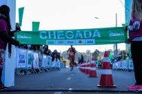 Queniano é o campeão da 34ª Maratona de Porto Alegre