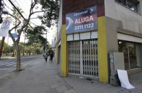 Mercado de salas e conjuntos comerciais continua em baixa em julho, diz Fipezap
