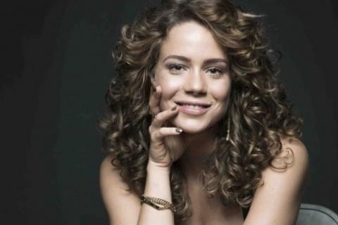 Leandra Leal estreia na direção com o documentário