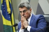 Jucá defende decisão do governo de rever meta fiscal